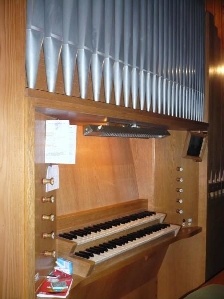 Die Orgel in Tann auf der Empore